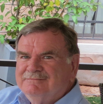 Peter J Hinds